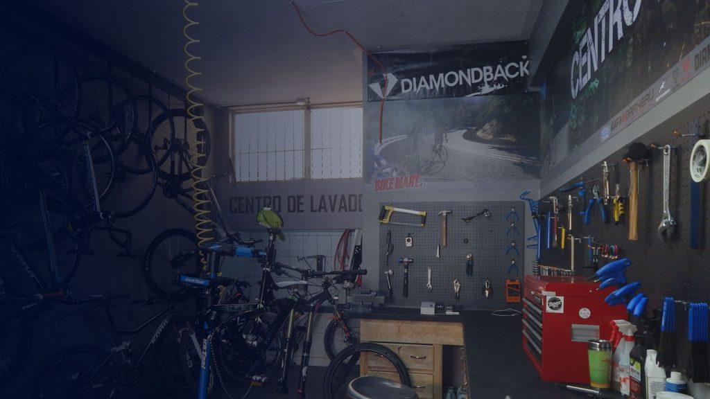 No solo somos mecánicos expertos, también somos ciclistas
